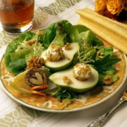 pear-and-goat-cheese-salad-with-wal-2.jpg