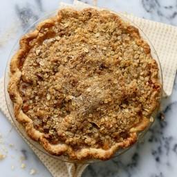 Pear Bourbon Crumble Pie