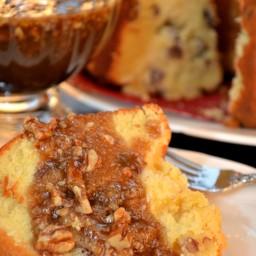 Pecan Pound Cake – Praline Sauce