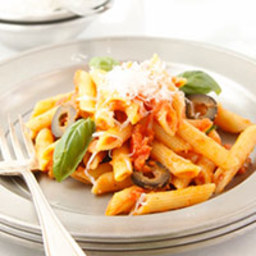 Penne with Tomatoes and Olives