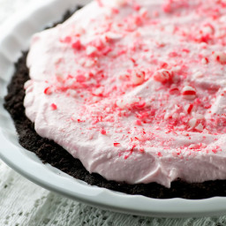 Peppermint Oreo Chiffon Pie