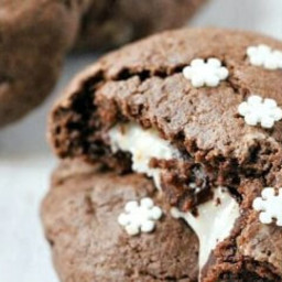 PEPPERMINT-STUFFED CHOCOLATE COOKIES