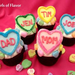 personalized-conversation-heart-valentine-cupcakes-2733882.jpg