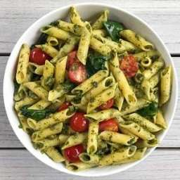 Pesto Penne with Spinach and Cherry Tomatoes
