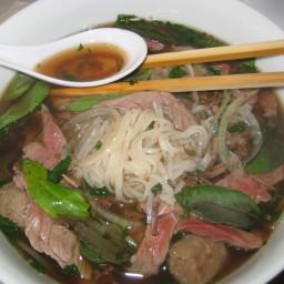 pho-bo-vietnamese-beef-noodle-soup-3.jpg