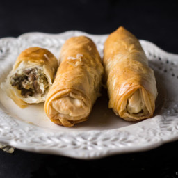 Phyllo Dough Meat Rolls Recipe