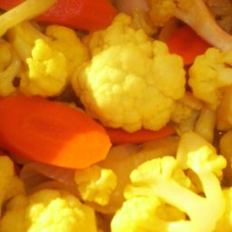 pickled-cauliflower-and-carrots-2.jpg