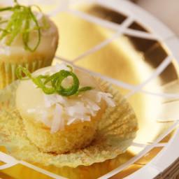 Piña Colada Mini Cupcakes