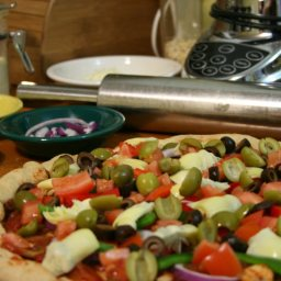 pizza-with-red-green-peppers-onions-17.jpg