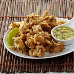 Popcorn Clams with Burmese Relish