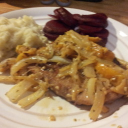 Pork Chops With Maple Apples