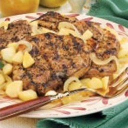 Pork Chops with Onions and Apples