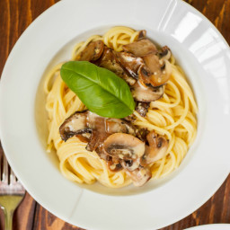 Portobello Mushroom Pasta with Cream Sauce
