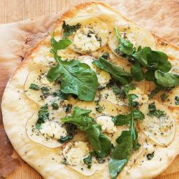 Potato and Gorgonzola pizza