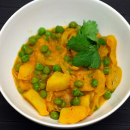 Potato and Pea Curry (Aloo Matar) Recipe