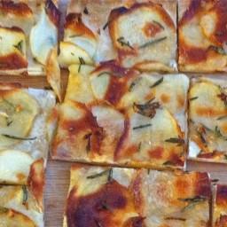 potato-and-rosemary-pizza.jpg