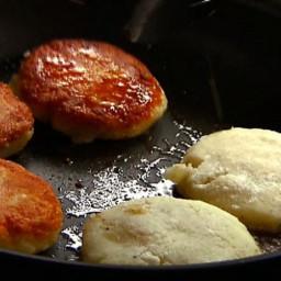 Potato Cakes with Mozzarella and Pesto