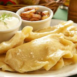 Potato-Cheese Pierogi Recipe (Pierogi Ruskie)