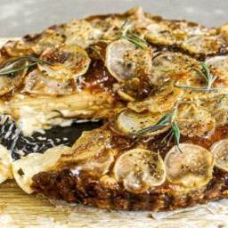 potato-dauphinoise-and-caramelised-onion-pie-2787379.jpg