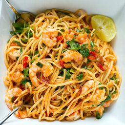 Prawn, chilli, vodka, and rocket linguine