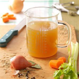 Pressure Cooker Homemade Chicken Broth