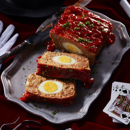 prestos-surprising-egg-meatloaf-2405632.jpg