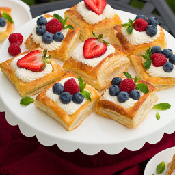 Puff Pastry Fruit Tarts with Ricotta Cream Filling