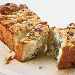 Pull-Apart Cheesy Onion Bread