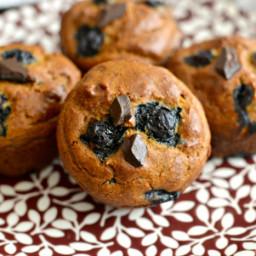 pumpkin-blueberry-cashew-chocolate-chip-muffins-1746093.jpg