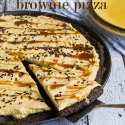 Pumpkin Brownie Pizza with Pumpkin Buttercream Frosting