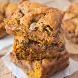 Pumpkin Caramel Cookie Bars