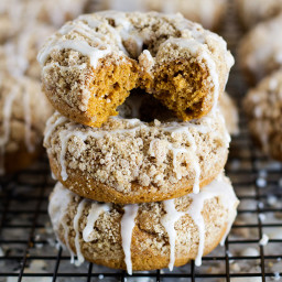 Pumpkin Spice Crumble Donuts