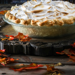 Pumpkin Spice Latte Meringue Pie