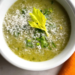 Puréed Broccoli and Celery Soup
