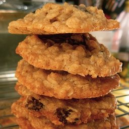 Quakers- Best Oatmeal Cookies