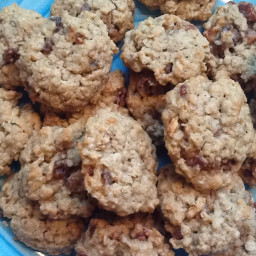 Quaker's Vanishing Oatmeal Cookies (My Variation)