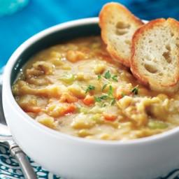 Québécois-Style Pea Soup