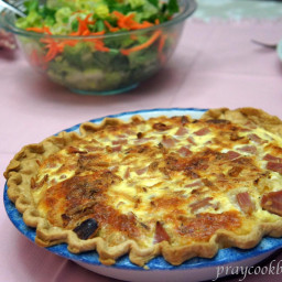 quiche-with-french-fried-onions-2707753.jpg