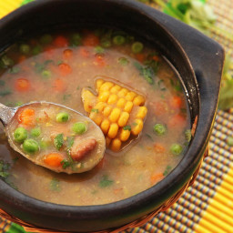Quick and Easy Dairy- and Fat-Free Colombian Vegetable Soup (Ajiaco Negro)