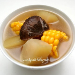 Quick Boil Winter Melon, Mushrooms with Corn in Chicken Broth