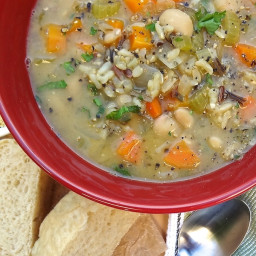 Quick One-Pot Veggie and Wild Rice Soup