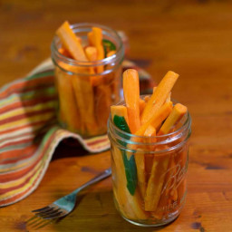 quick-pickled-spicy-carrots-2205261.jpg