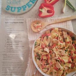 Quick Tuna Noodle Skillet