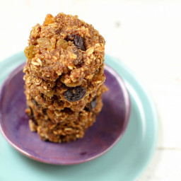 Quinoa Oatmeal Raisin Cookies