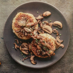 Quinoa patties with sautéed mushrooms