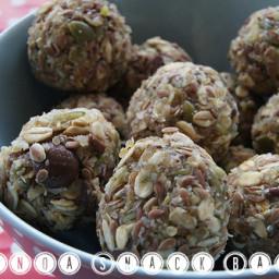 Quinoa Snack Balls