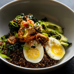 Quinoa and Rice Bowl With Kale, Kimchi and Egg