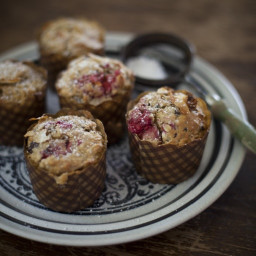 raspberry-dark-chocolate-oat-c-cb332a.jpg
