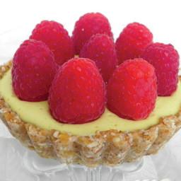 raspberry-lemon-mousse-tart-2468697.jpg