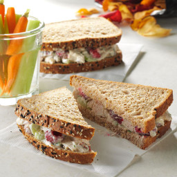 Raspberry Pecan Chicken Salad Recipe